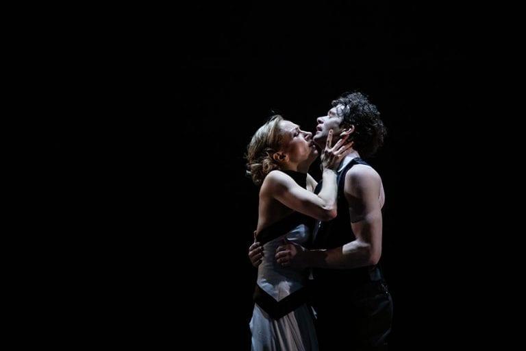 Veliki Gatsby: Tjaša Kmetec in István Simon; foto: Darja Stravs Tisu; vir: SNG Opera in balet Ljubljana